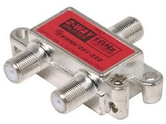 Steren: 2 Way Coaxial Cable Splitter